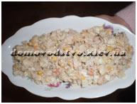 Салат из рыбных консервов на скорую руку