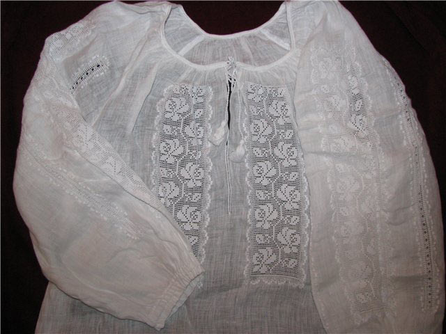 Вышивка «белым по белому»