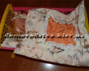 Шьем постель для куклы –.