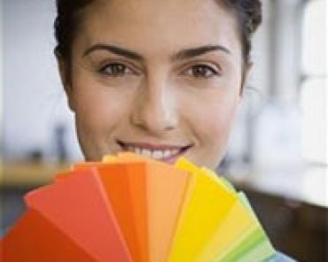 Рекомендаций относительно цветовых сочетаний, наиболее выигрышных для брюнеток, блондинок, шатенок